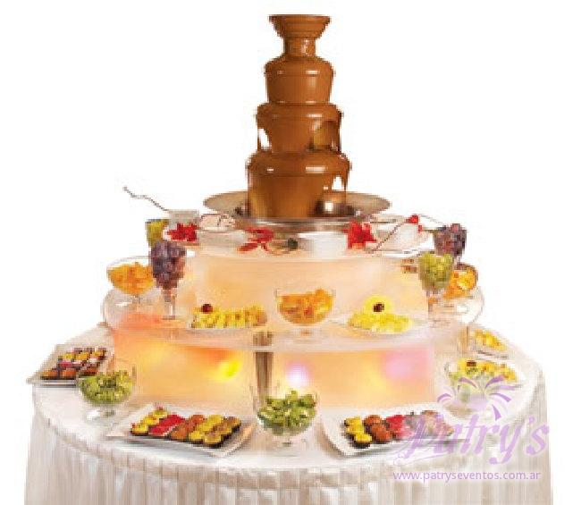 Cascada De Chocolate Y Chocolates Personalizados